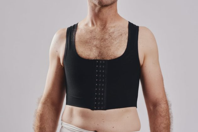 BodyAid chest compression binder in black. For compression of the chest pre-or post Gynecomastia procedures.